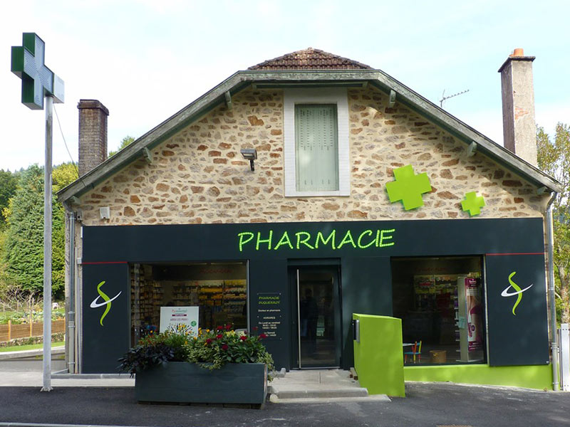 Pharmacie Habillage Facade